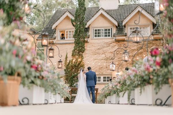 Recanto da Paz - Maio ainda e o mes das noivas